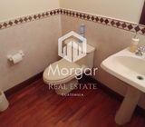 Apartamento amueblado en alquiler en zona 10 de 194 mts en $1900 de 3 dormitorios  /código 596