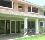 Alquilo Casa con 452.00m2 en Santa Catarina Pinula