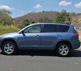 Toyota RAV4  ano: 2010