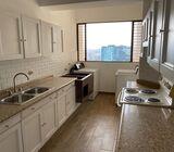 Apartamento amueblado en renta en zona 10 Santa Clara